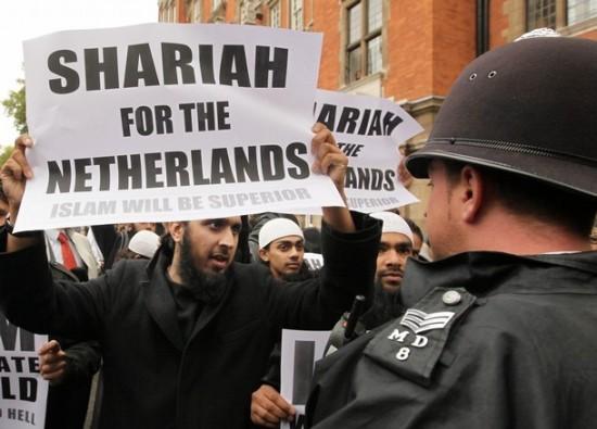 Risultati immagini per sharia holland