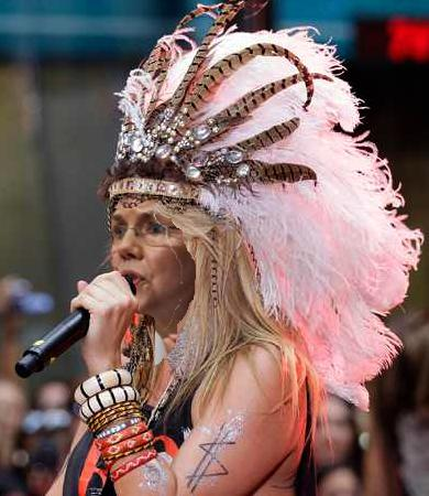Elizabeth Warren s Birthday Gift From GOP An Ancestry com Account