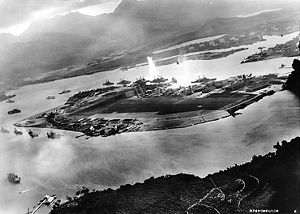 300px-Attack_on_Pearl_Harbor_Japanese_planes_view-1