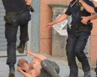 Police brutally deal with a protester. Via: Twitter